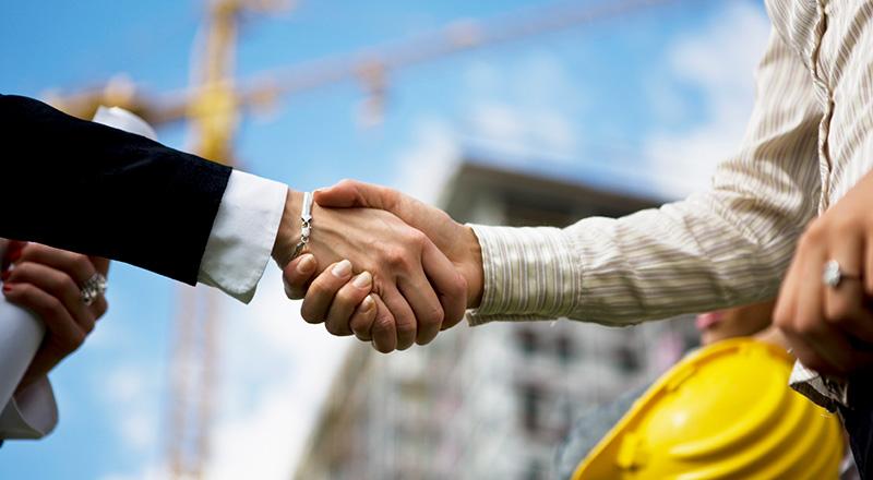 Contratos de construção